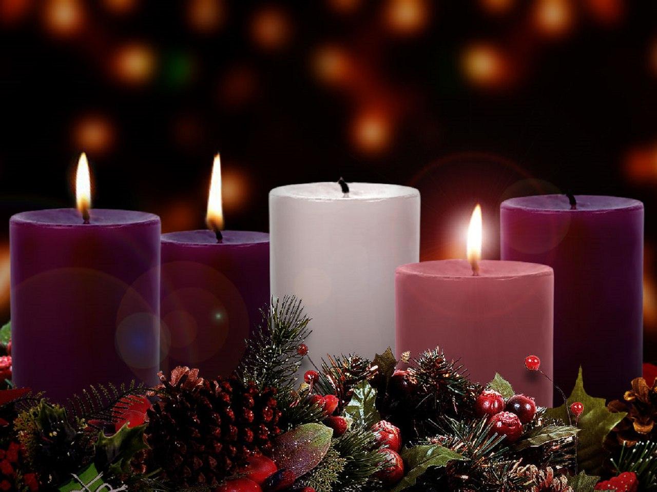 Advent lateinisch adventus Ankunft eigentlich adventus Domini lat für Ankunft des Herrn bezeichnet die Jahreszeit in der die Christenheit sich auf das